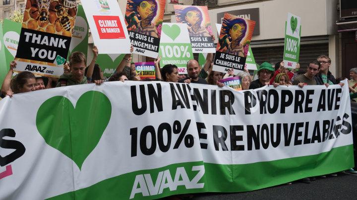 Mars op Parijs voor klimaatconferentie