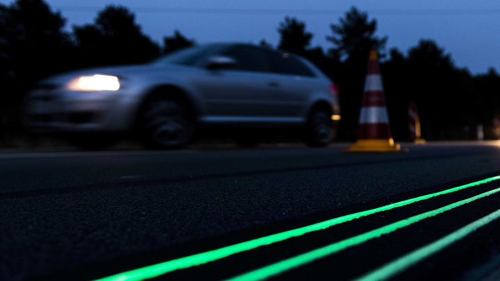 Testproject met lichtgevende wegenverf start midden 2013 in Nederland