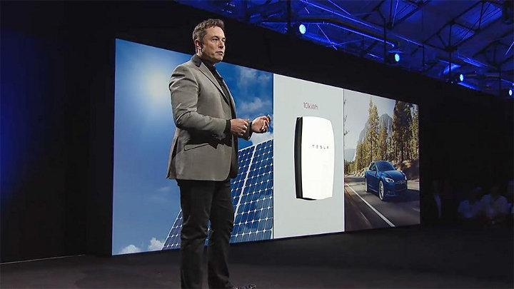 TESLA stelt batterij voor woningen voor